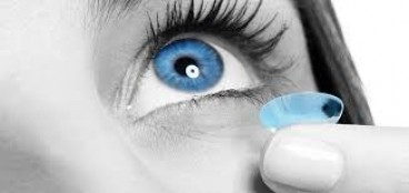 Чому не можна носити контактні лінзи більше терміну придатності