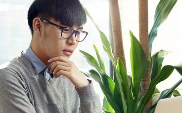 Віртуальні окуляри Hoya