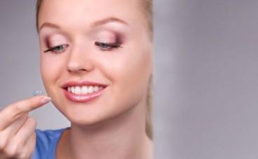 Підбір контактних лінз: як проходить і які параметри визначаються лікарем