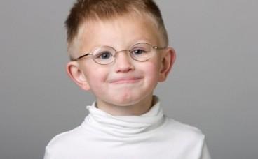 Чому у дітей псується зір