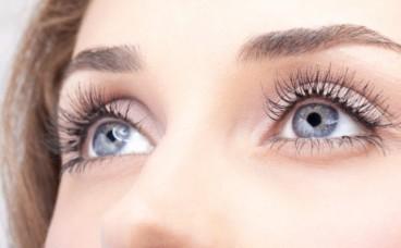 Чи впливає колір очей на прогрес захворювання?