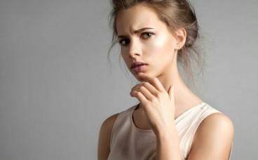 Як косметика шкодить очам?